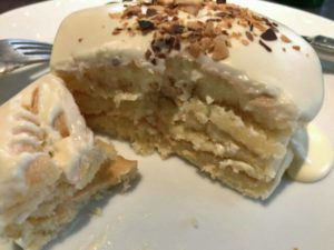カフェアンジェ 塩チーズクリームパンケーキ