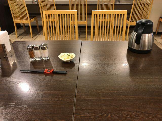 旭軒 テーブル席
